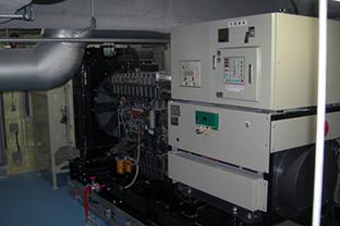 大阪府企業ビル屋外設置発電機