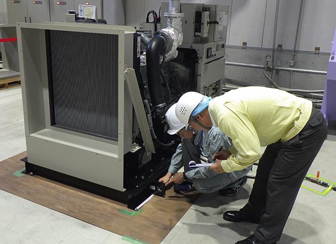 非常用発電機の自社設備を使った立会試験の様子